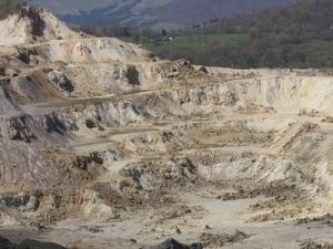 """Institutul Geologic al Romaniei scrie Comisiei parlamentare speciale pentru proiectul Rosia Montana: """"Cianurarea integrala a minereului este din start exclusa ca solutie tehnica"""""""