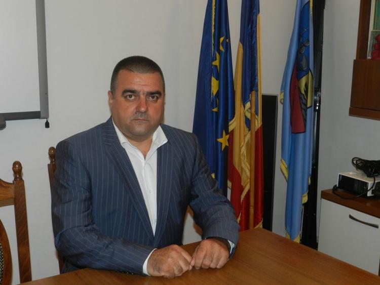 Bugetul asistenței sociale din Constanța, devorat de firmele politicienilor locali