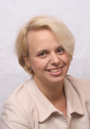"""În """"Țara minunilor"""", cu avocatul Diana Hatneanu"""