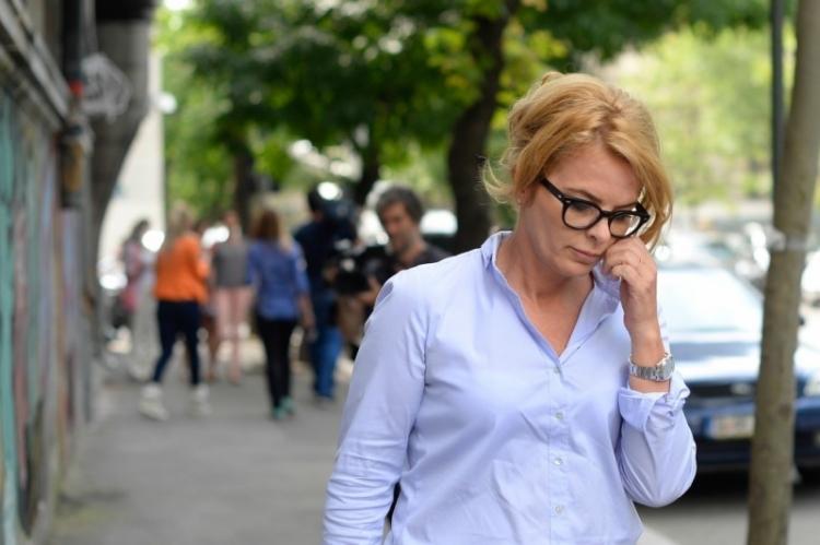 Fiica lui Gabriel Oprea, salariata a avocatei lui Ponta, Loredana Radu, care, la randul ei, a fost facuta doctor de actualul vicepremier